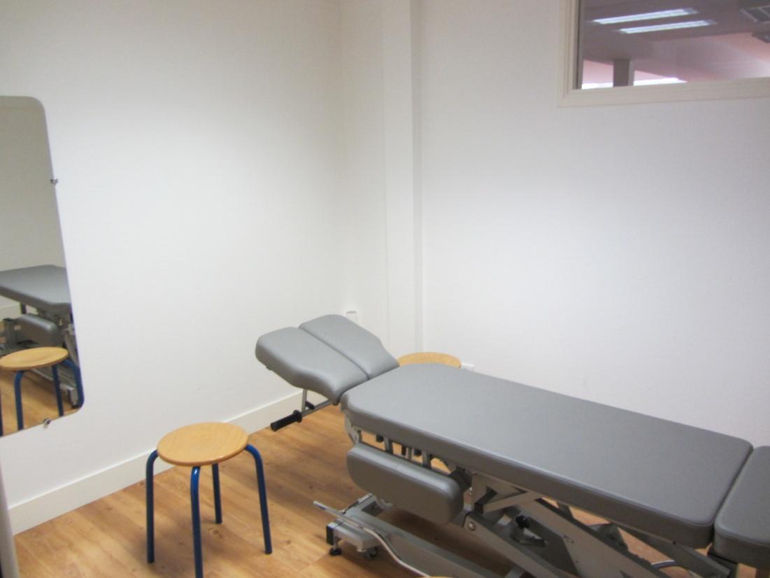centre4_salle_traitement2.jpg